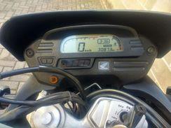 XRE 300 Top